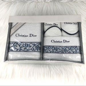 Christian Dior towels